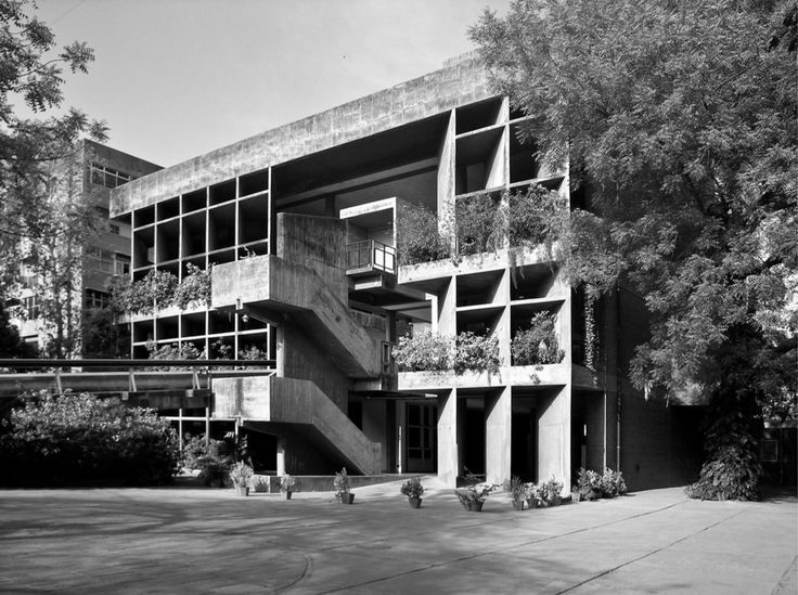 A journey of 100 years of Architecture in India | Part 01 - 1954-56 Headquarters of The Mill owners Association Ahmedabad