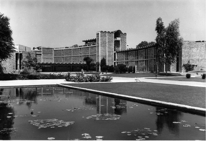 A journey of 100 years of Architecture in India | Part 02 - 1962 The India International centre New Delhi