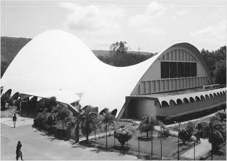 A journey of 100 years of Architecture in India | Part 02 - 1971-78 University Auditorium, Tirupati