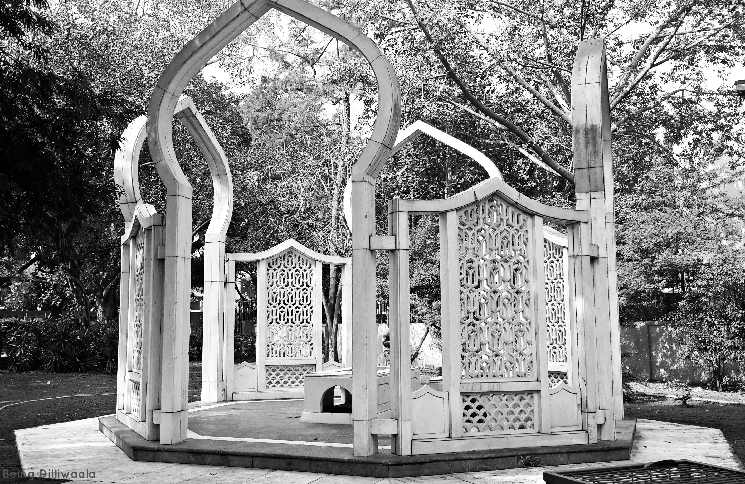 A journey of 100 years of Architecture in India | Part 02 - 1975 Mazar Of President Fakhruddin Ali Ahmed New Delhi