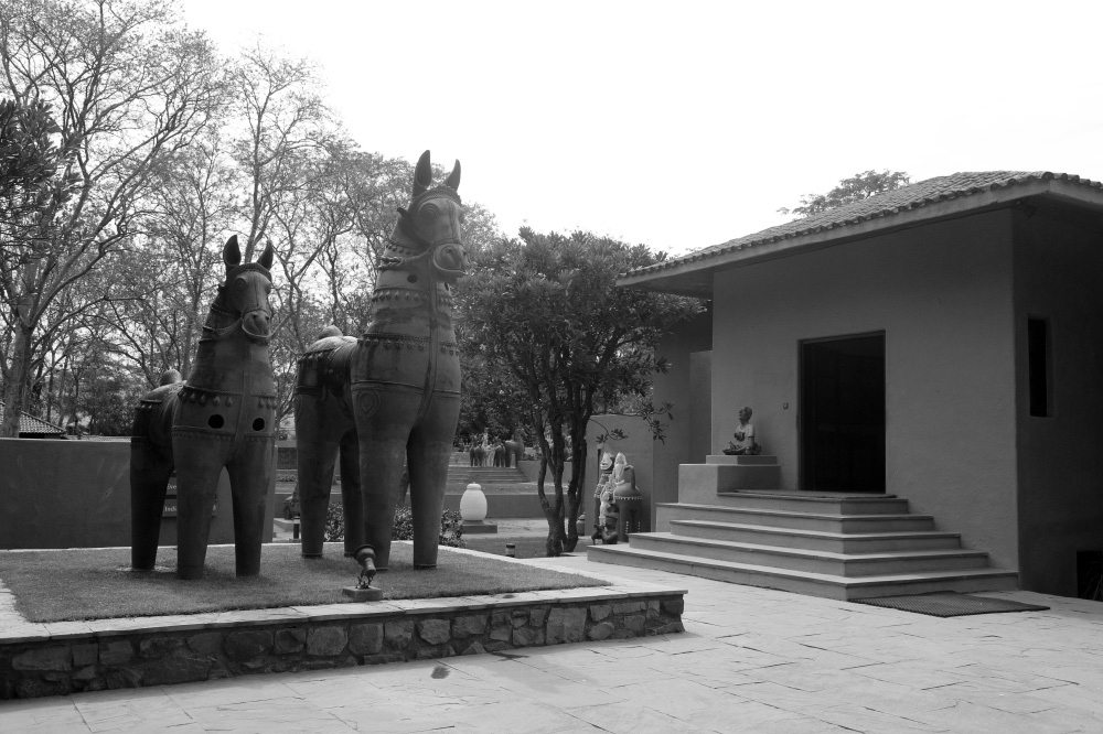 A journey of 100 years of Architecture in India | Part 03 - 1984-93 Sanskriti Kendra,New Delhi