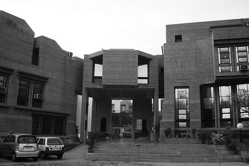 A journey of 100 years of Architecture in India | Part 04 - 1993-99-National Institute Of-fashion Techonology,New-Delhi