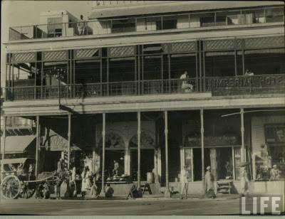 Delhi Now & Then - See how Delhi has changed through CENTURIES. This Is Amazing.! - Delhi Hotel Building