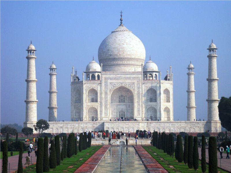 Amazing Historical Buildings shining this world with their Beautiful creativity!! - Taj Mahal India(Agra)