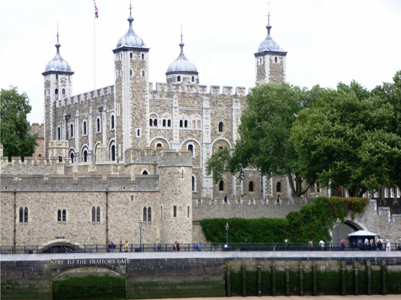 Amazing Historical Buildings shining this world with their Beautiful creativity!! - Tower of London England,London