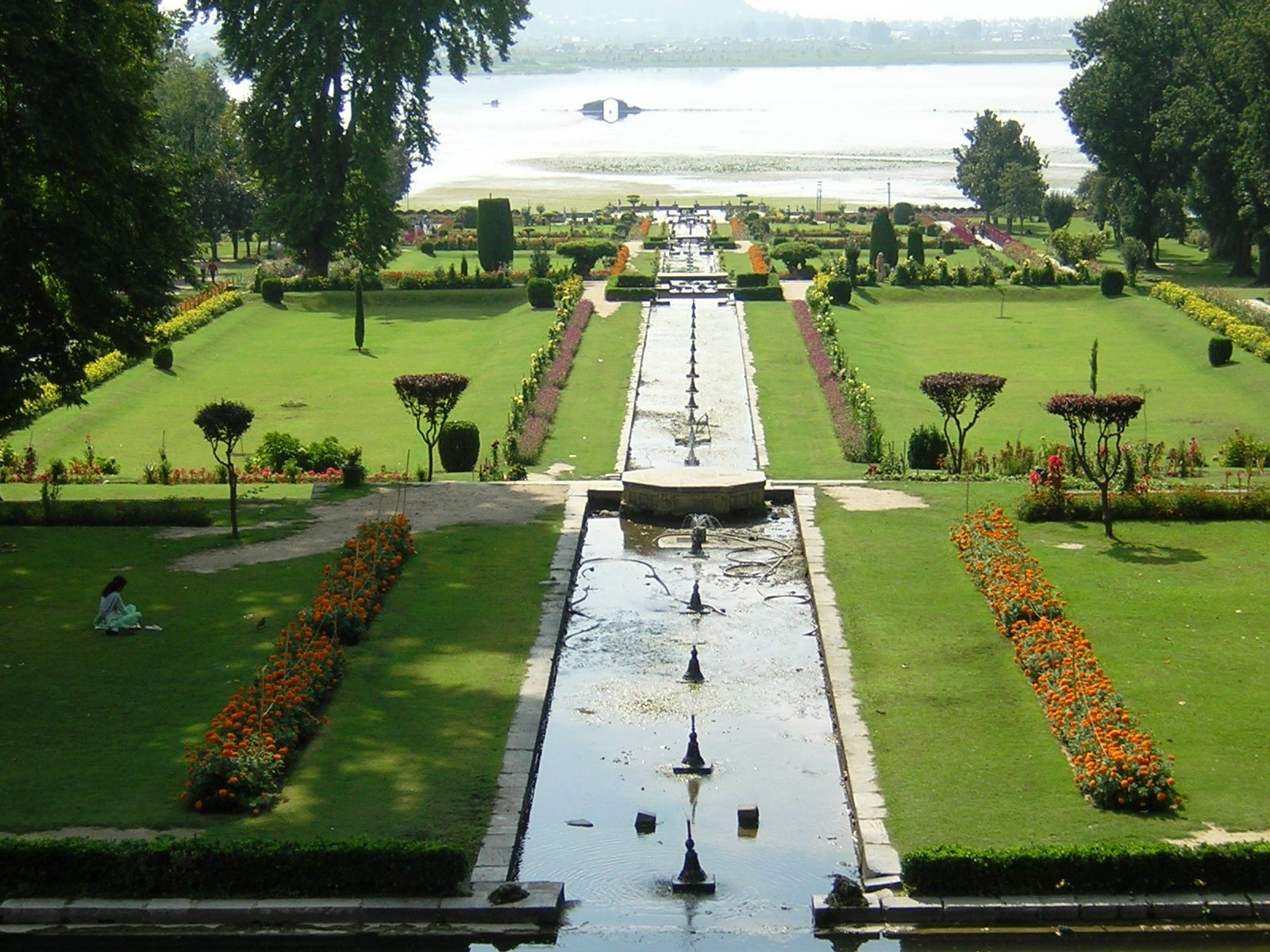 Mughal Gardens - A Brief Introduction [With Examples] - Sheet4