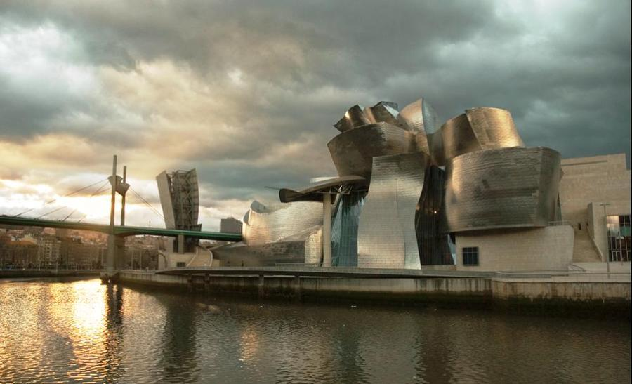 20 Buildings in Europe Every Architect must visit - Guggenheim Museum, Bilbao, Spain
