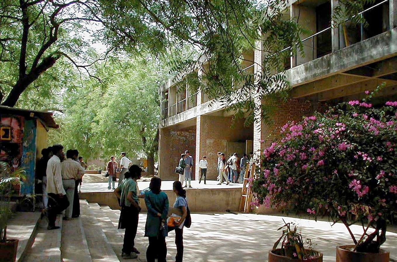 Side view of the institute - School of Architecture, CEPT