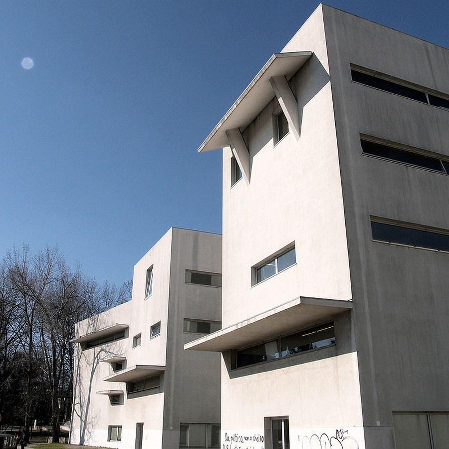 A305 - 15 Top works of Alvaro Siza - Porto School of Architecture
