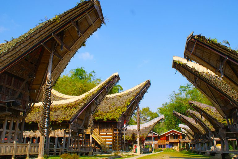 10 Styles of Architecture you will find in South-East Asia